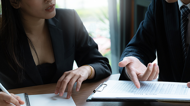 Fiduciary Vs. Non-Fiduciary: What's The Difference?