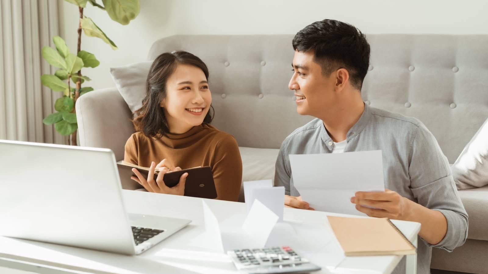 Long-Term Financial Goals: 6 Examples